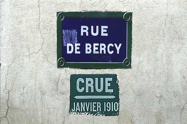 overstroming mark paris bercy